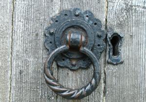 Дверные ручки: эстетика, качество и цена