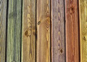 Фасад из дерева: красочная защита