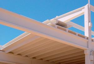 Балки перекрытия: преимущества их использования в строительстве