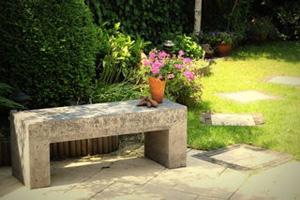 Садовая скамейка: основные виды