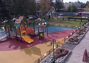 В Егорьевске появилась специализированная детская площадка. Спонсором стало ООО «Кроношпан»