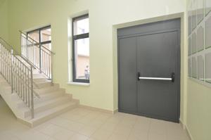 Тамбурные двери: основные критерии выбора