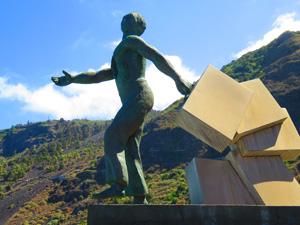 Эмигрировать на Тенерифе: об изучении местного языка, отношении коренных жителей к приезжим, а также о районах острова