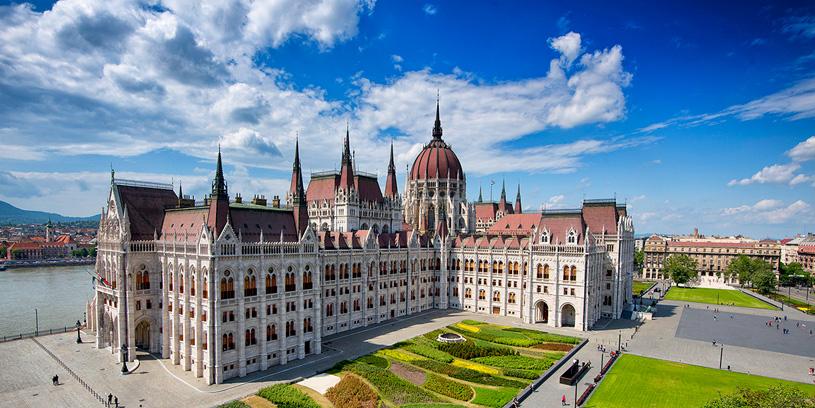 Выставка «Венгерский парламент» в Музее архитектуры им. А.В. Щусева