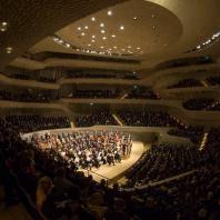 Эльбская филармония (Elbphilharmonie). Чикагский симфонический оркестр, дирижер Риккардо Мути © Todd Rosenberg Photography