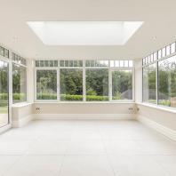 Компания «Окна Sirius»: панорамное остекление веранды. Пластиковый оконный профиль
