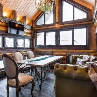 Компания «Окна Sirius»: Остекление частного дома. Деревянный оконный профиль