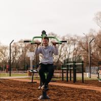 Спортивная площадка на набережной, деревня Сарманово, Татарстан, РФ. Программа развития общественных пространств