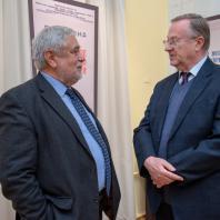 Генеральный директор Музея Востока Александр Седов - А.М. Макаренко (бывший глава департамента Африки МИД)