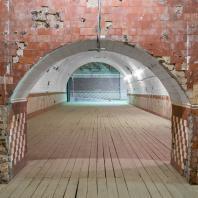 Больше Винохранилище Центра современного искусства «ВИНЗАВОД»
