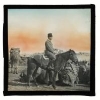 Карл Элоф Берггрен в туркестанском торговом караване. Диапозитив Карла Элофа Берггрена