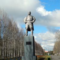 Памятник С.М. Кирову, Ижевск