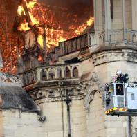 Пожар в Соборе Парижской Богоматери. 15.04.2019. Фото: CNN / Pierre Suu/Getty Images