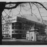 Жилой дом «Новокомум». Комо, Италия. Архитектор Джузеппе Терраньи. Copyright Роберто Конте
